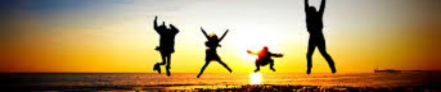 cropped-4-people-jumping.jpg